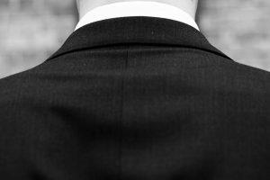 Simon Newton Bodyguard - How To Dress